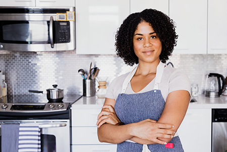 apron-on-kitchen-ready-web